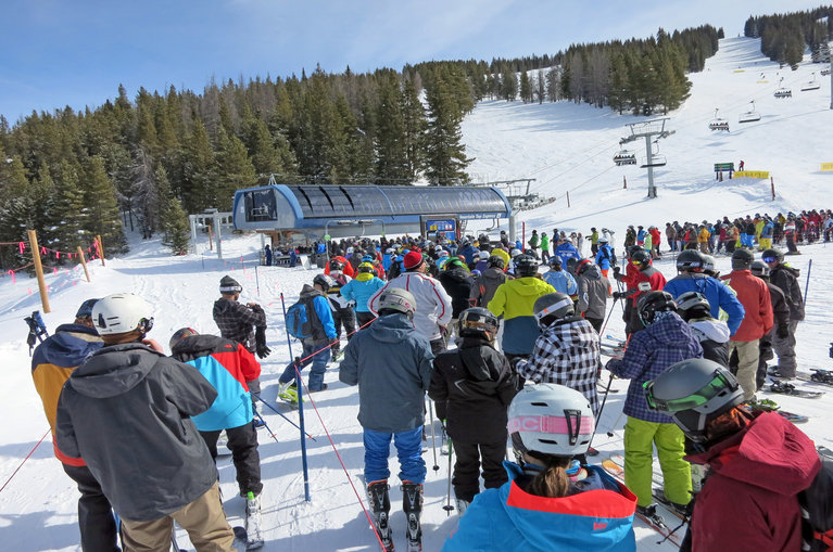 Crowded lift line at Vail Ski Resort