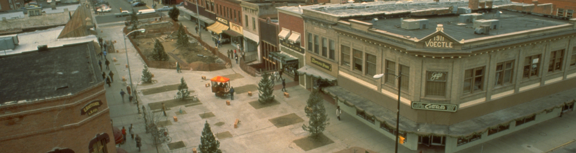 Construction of the Pearl Street Mall