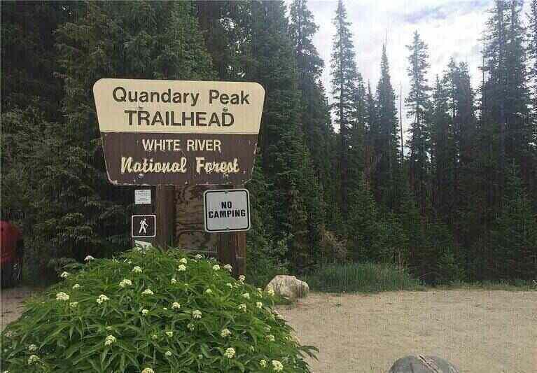 Quandary Peak Trailhead Sign